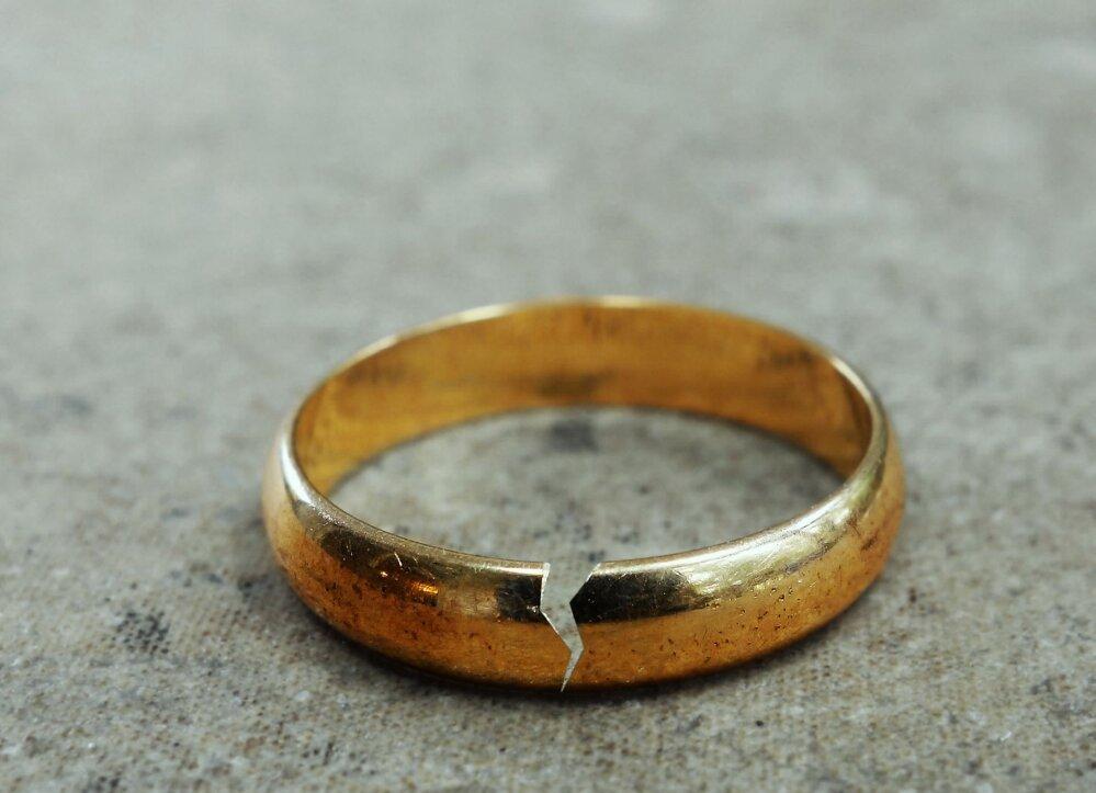 Suurendage liige abielulahutust Kuidas peenise suurendada 16 aasta jooksul